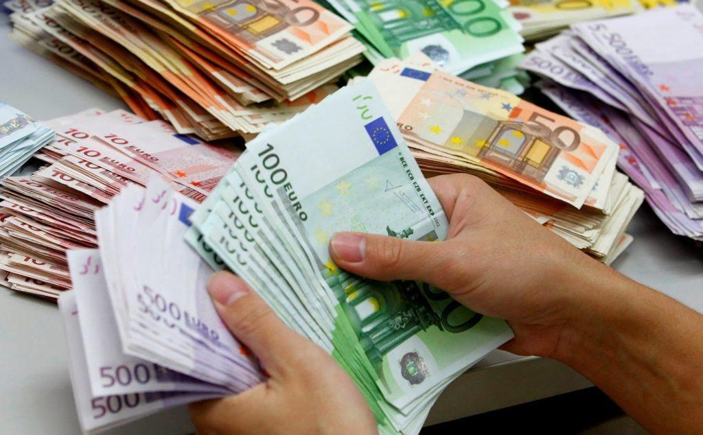 denaro-al-fidanzato