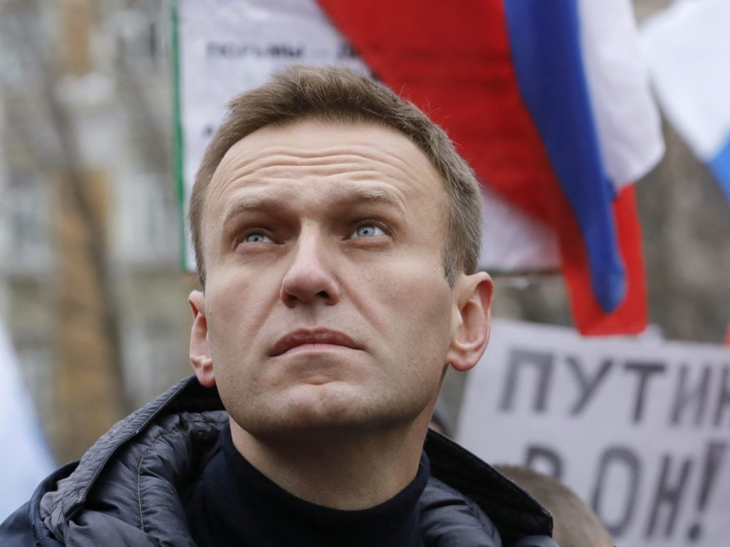 0_FILE-PHOTO-Russian-opposition-leader-Alexei-Navalny-attends-a-rally-in-memory-of-politician-Boris-N