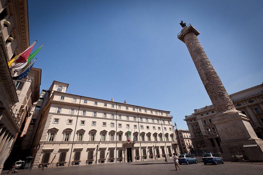 Palazzo_Chigi_-_Roma_(2010)